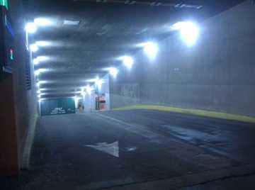 Освещение гаражей, подвалов, паркинга для машин предлагается в 5000K и 5700K