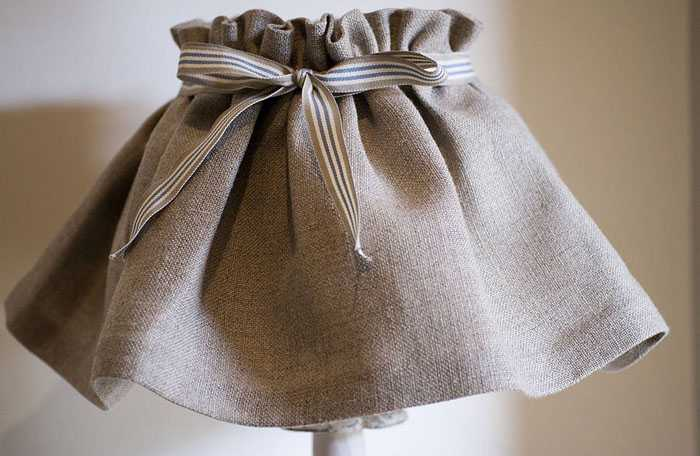 Абажур из плотной ткани для спальни или гостиной