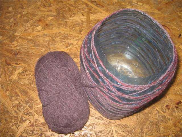 Использование ниток для создания поверхности плафона