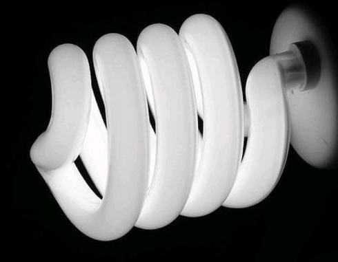 Люминесцентная лампа в момент попытки запуска