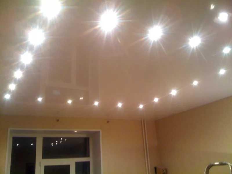 Как сделать точечные светильники на потолок 132