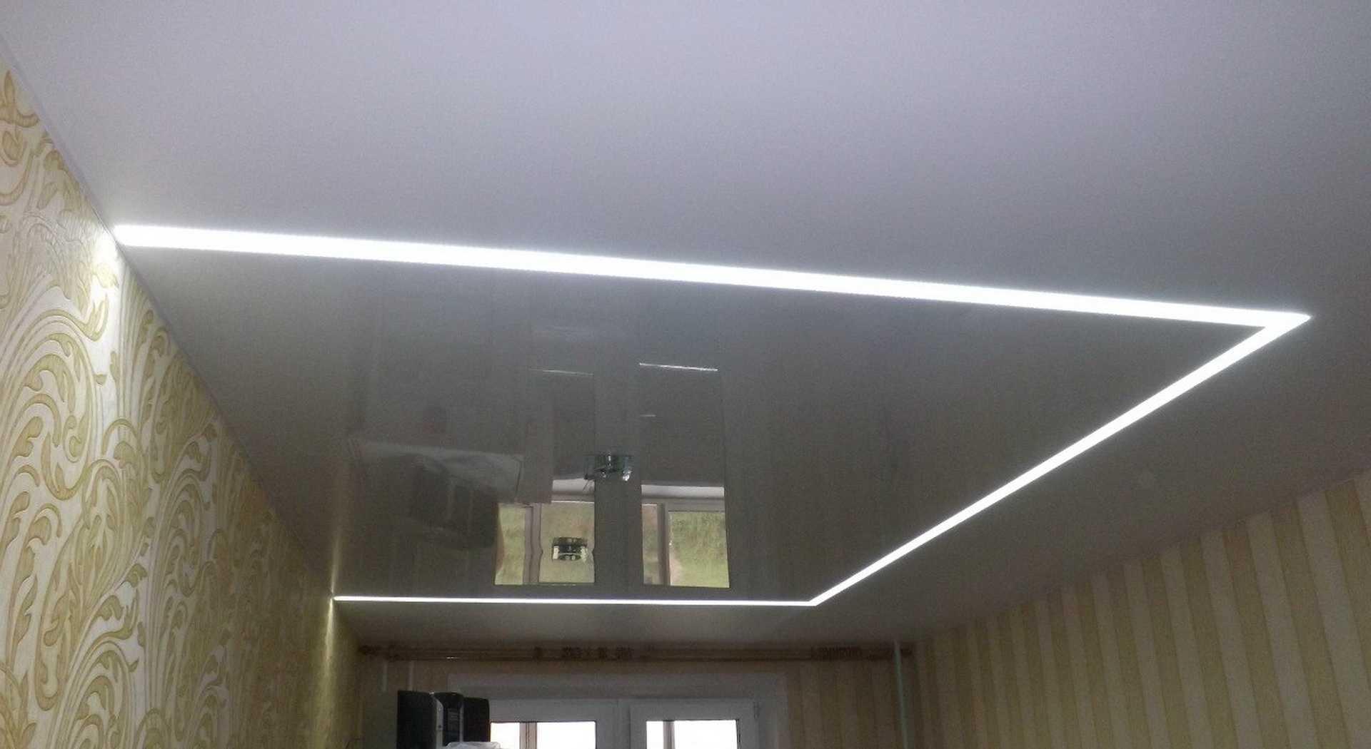 Растровые светильники на натяжном потолке