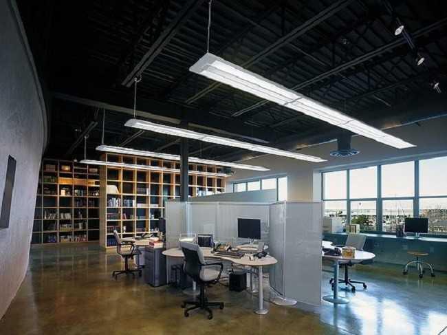 Освещение всего рабочего пространства
