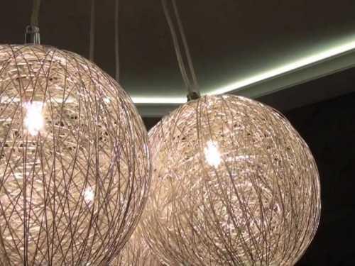 Люстра из воздушных шаров и ниток