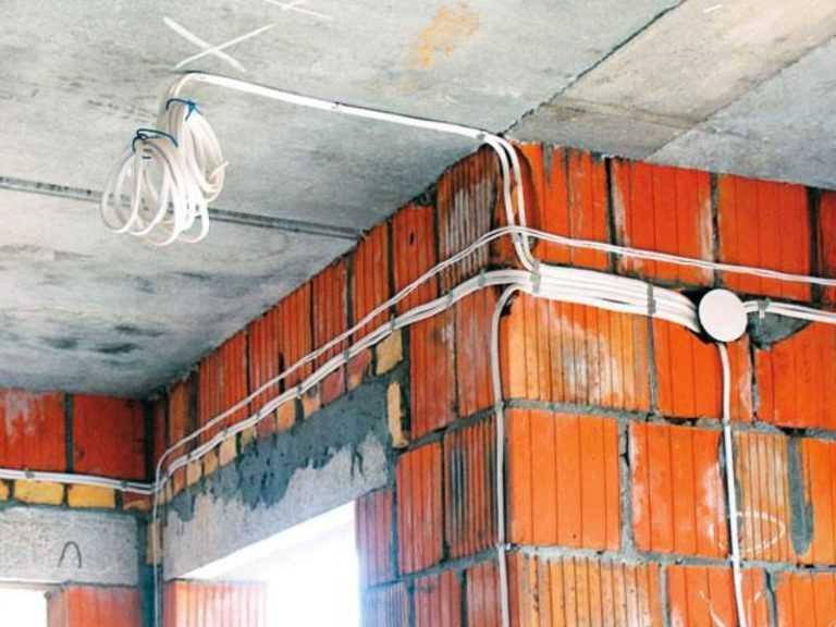 Укладка проводки под освещение