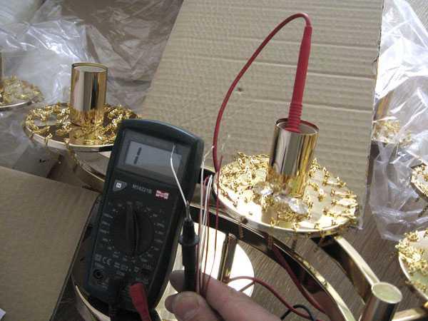 Проверка работоспособности люстры с помощью мультиметра