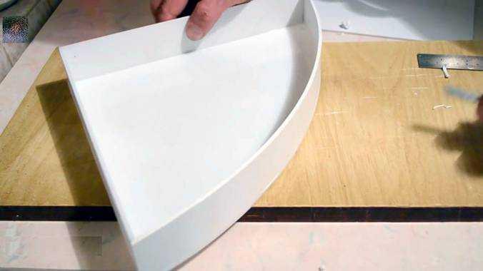 Почти готовый корпус плафона