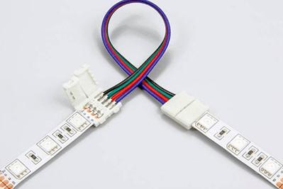 Объединение кусочков ленты поредством коннектора