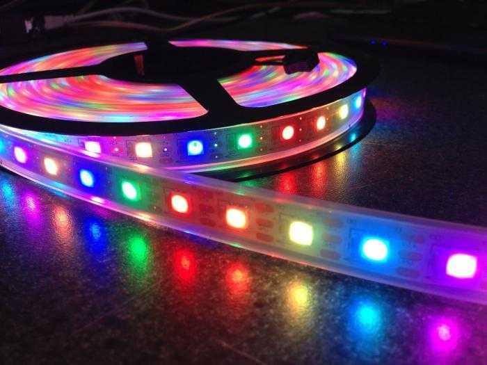 Многоцветная светодиодная лента