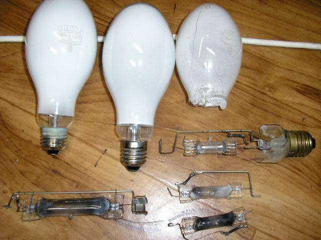 УФ лампа своими руками из ДРЛ. Требуемая часть – стеклянная трубка