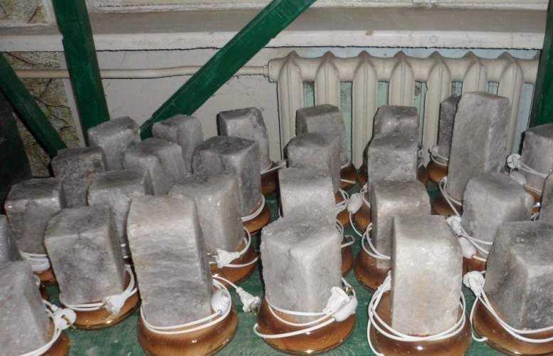 Стандартные изделия, прямоугольный кристалл на деревянной основе