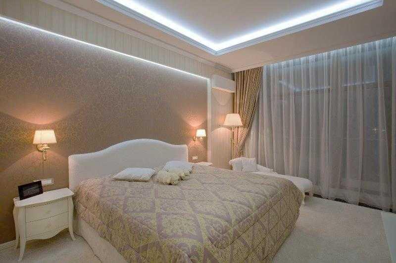 Светодиодная лента в интерьере спальни